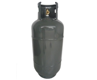 20 Kg LPG Cylinder fitted with self closing valves with safety relief